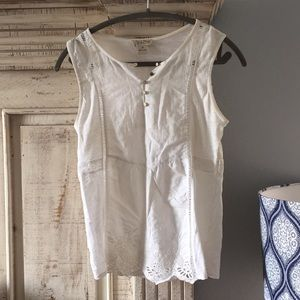 Lucky Brand white cotton embroidered top